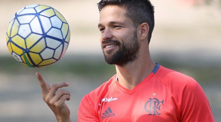 Diretoria responde sobre futuro de Diego no Flamengo em 2019 5800ae39c6b71