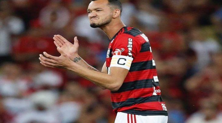 Mercado da bola  confira os principais rumores do futebol brasileiro ... 2ff591e498fcf